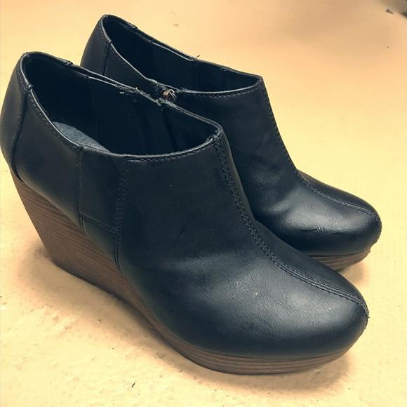 19dcf35780cf Dr. Scholl s Shoes - Dr. Scholl s Harlow Wedge Bootie